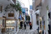 mykonos-town-streets